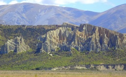 The clay cliffs near Omarama