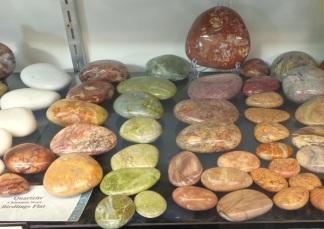 More Quartzite stones, Birdlings Flat Gemstone and Fossil Museum