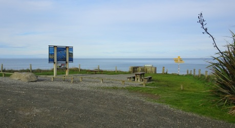 The information panel and viewpoint at McCracken's Rest, looking out on Te Waewae Bay