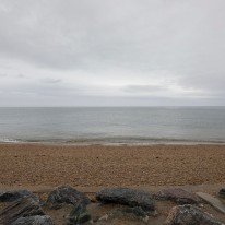 Slapton Sands beach on the day of the 75th Anniversary. Source: https://www.flickr.com/photos/usembassylondon/sets/72157691173021783/with/33854181968