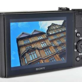 The back of the camera. Source: https://www.photographyblog.com/reviews/sony_cybershot_dsc_wx500_review