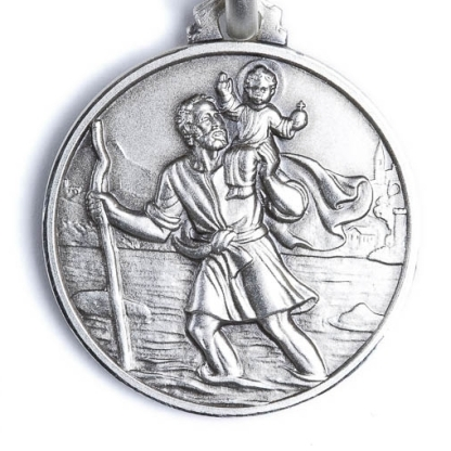 Devotional St Christopher medal. Source: https://www.vaticangift.com/sterling-silver-medals/40-st-christopher-medal.html